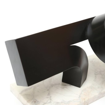 meadmore.sculpture