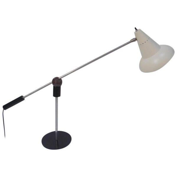 gilbert.waltrous.lamp